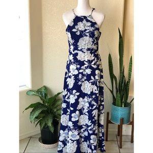 Dresses & Skirts - Blue floral print maxi halter dress size M